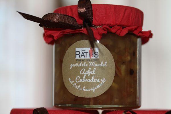 Geröstete Mandel Apfel Calvados Marmelade
