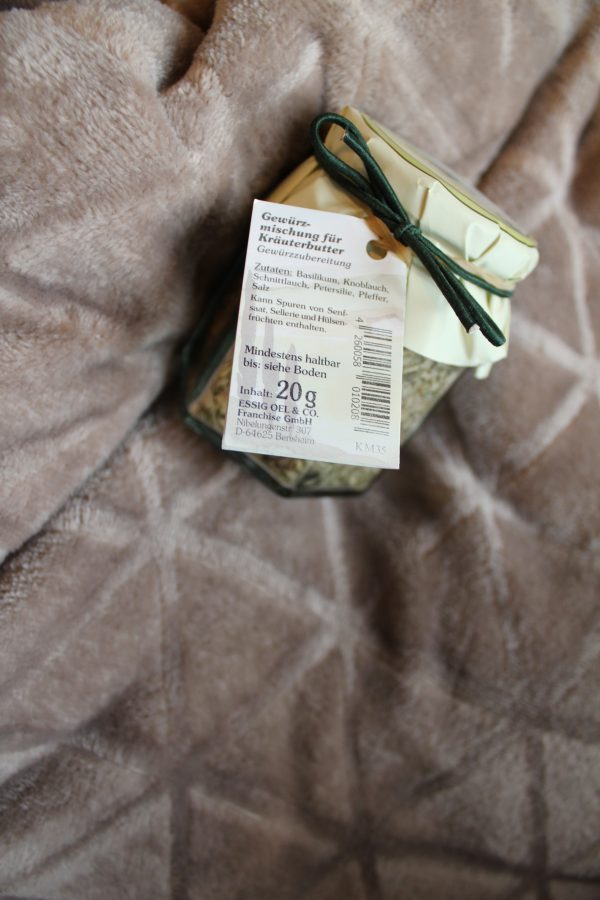 Gewürzmischung für Kräuterbutter, Gewürzzubereitung